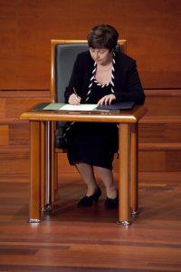 Българският еврокомисар Кристалина Георгиева за втори път се закле пред Съда в Люксембург (фотографията е от първото й вричане в европравните ценности преди  близо пет години).