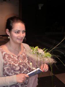 """28-годишната Виктория Лекова е печелила конкурсите за поезия """"Биньо Иванов"""" и """"Христо Фотев""""!"""