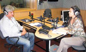 """Полковник Румян Русев в студиото на БНР през август 2014 г. коментира конференцията на тема """"Сигурността - стратегеми, практики и възгледи"""", проведена от Софийската организация на Независимия национален съюз на офицерите в България."""
