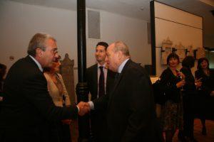 """С председателя на ВКС проф. Лазар Груев при премиерата през ноември 2011 г. на първия брой на списение """"Европейски правен преглед""""."""
