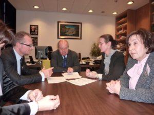 В кабинета на съдия Арабаджиев в Люксембург на среща с български магистрати – декември 2010 г.